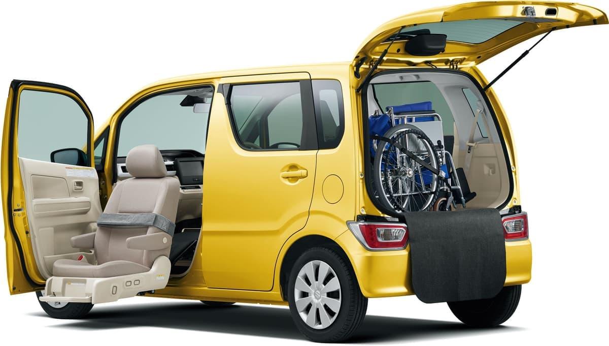 スズキが国際福祉機器展にエブリイやワゴンRの福祉車両を展示する