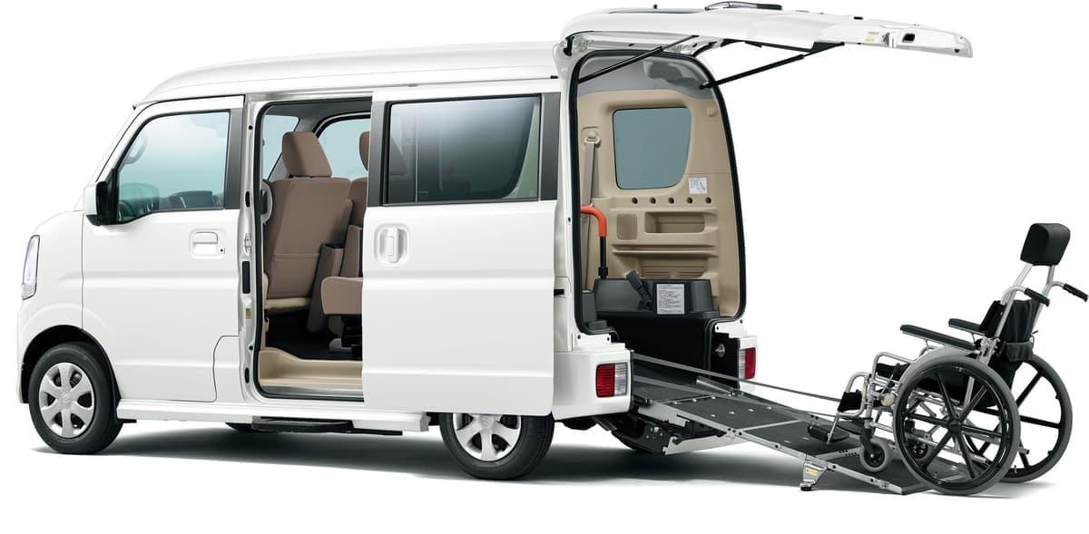スズキ、国際福祉機器展に新型エブリイやワゴンRの福祉車両を出展