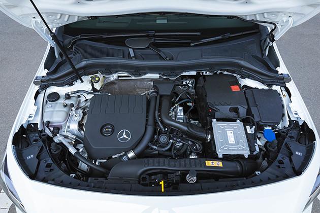 【CHECK POINT2】搭載エンジンは1.3リットル直4ターボ。トランスミッションは7速デュアルクラッチ