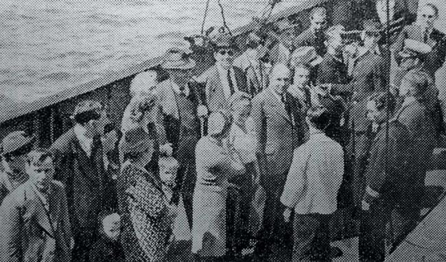上陸を待つユダヤ人(1941年6月6日付けの朝日新聞)