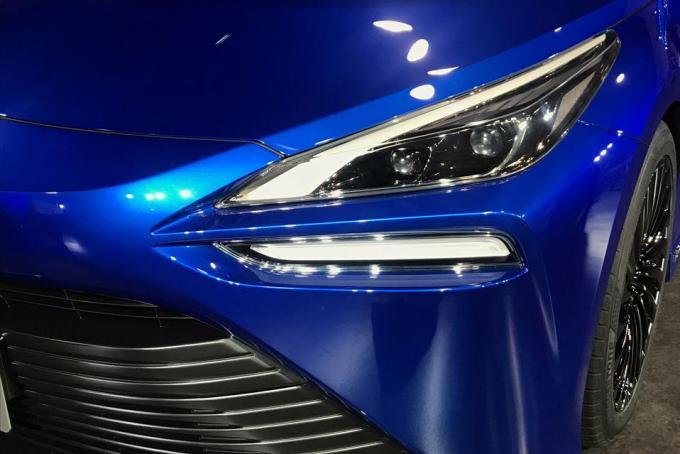 トヨタが次期型の開発最終段階「MIRAI Concept」を公開! 5人乗りを実現【東京モーターショー2019】