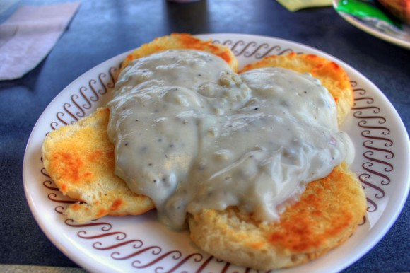 biscuits-and-gravy_e
