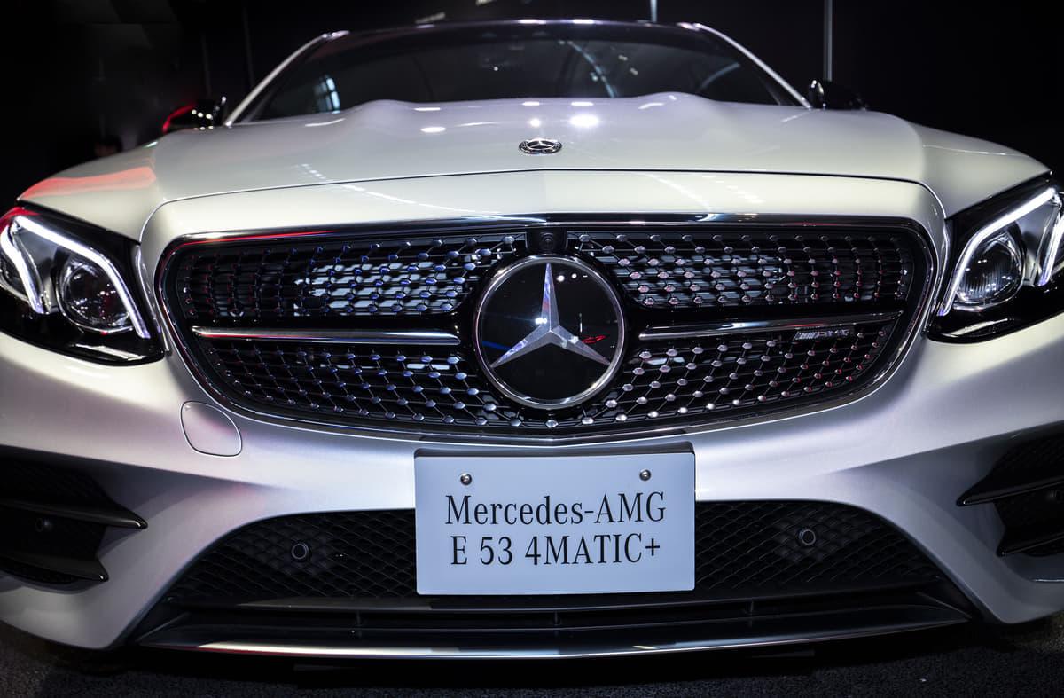 高級車に数字の名前が多い
