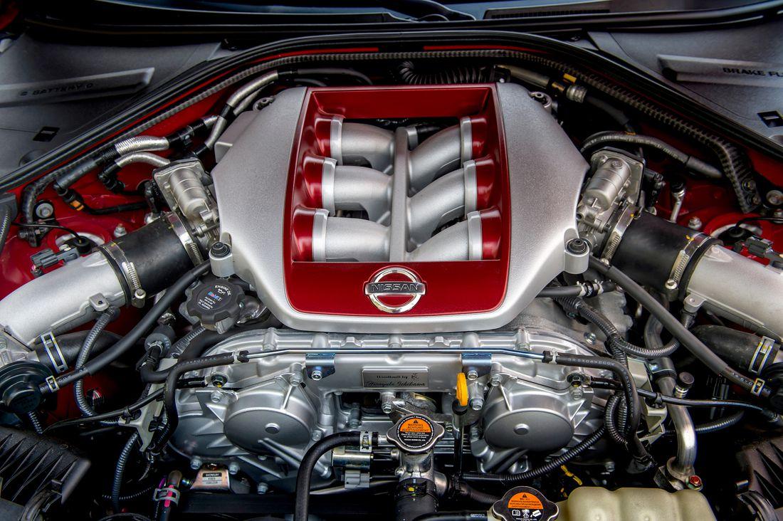 日産 GT-R VR38DETT エンジン