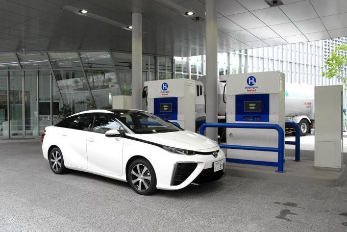 10年後に燃料電池車を1000万台規模にできるか