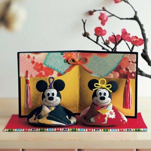 京都の職人の手で作られたちりめん素材の親王飾り