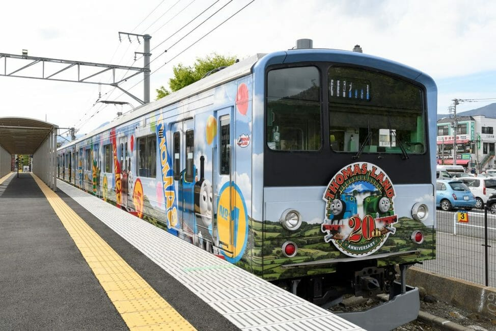 富士急行線で「トーマスランド号」も運行中!