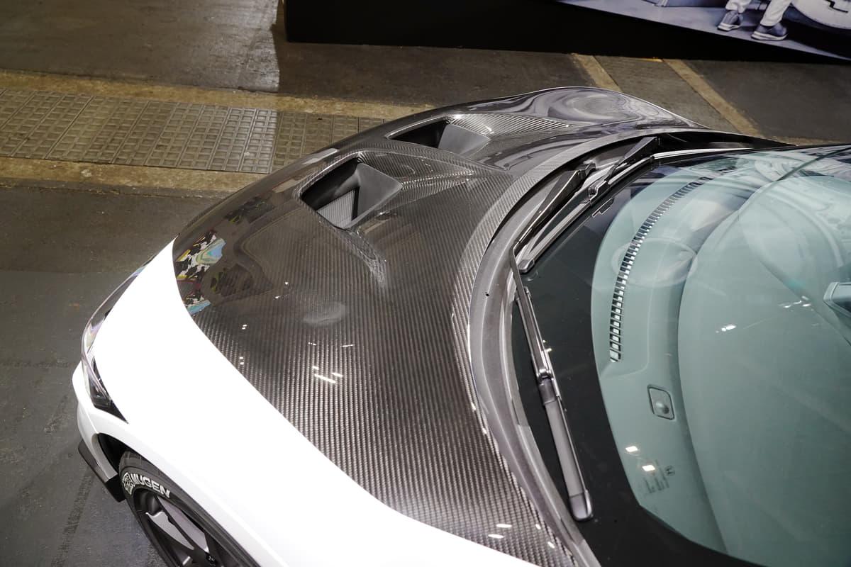 マイナーチェンジ後のホンダS660は内外装からサスペンションまで無限のパーツをまとったコンセプトカー