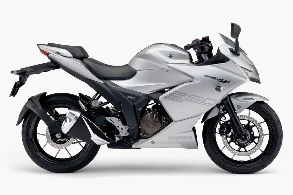 スズキ、新開発油冷エンジンを搭載する250ccバイク「ジクサー」を発売