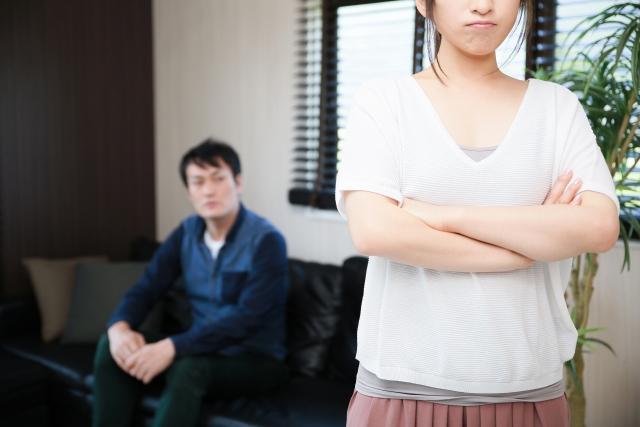 夫の仕事に不満を持つ女性は約半数にのぼった