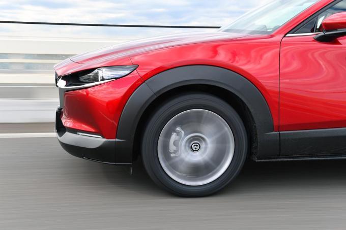 【試乗】ヨコハマのSUV用タイヤを公道とサーキットで試す! 車高を感じさせない走りに脱帽