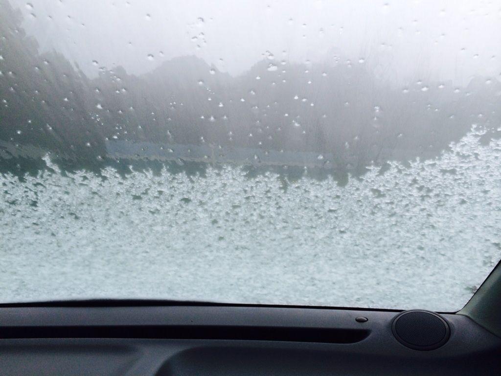 寒い時にフロントガラスにやってはいけいないこと