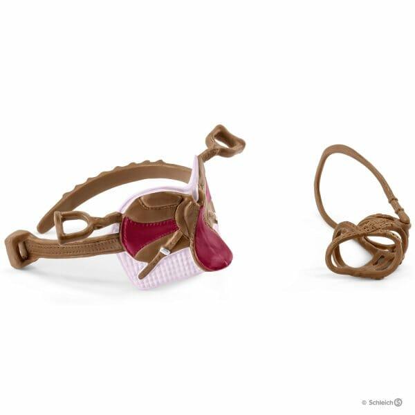 ソフィアとブロッサムの鞍と手綱