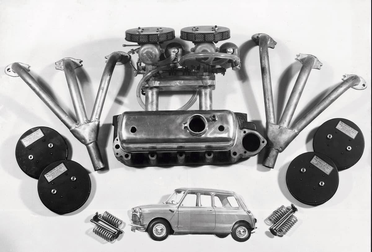 自動車メーカーの純正部品供給はいつまでされる?