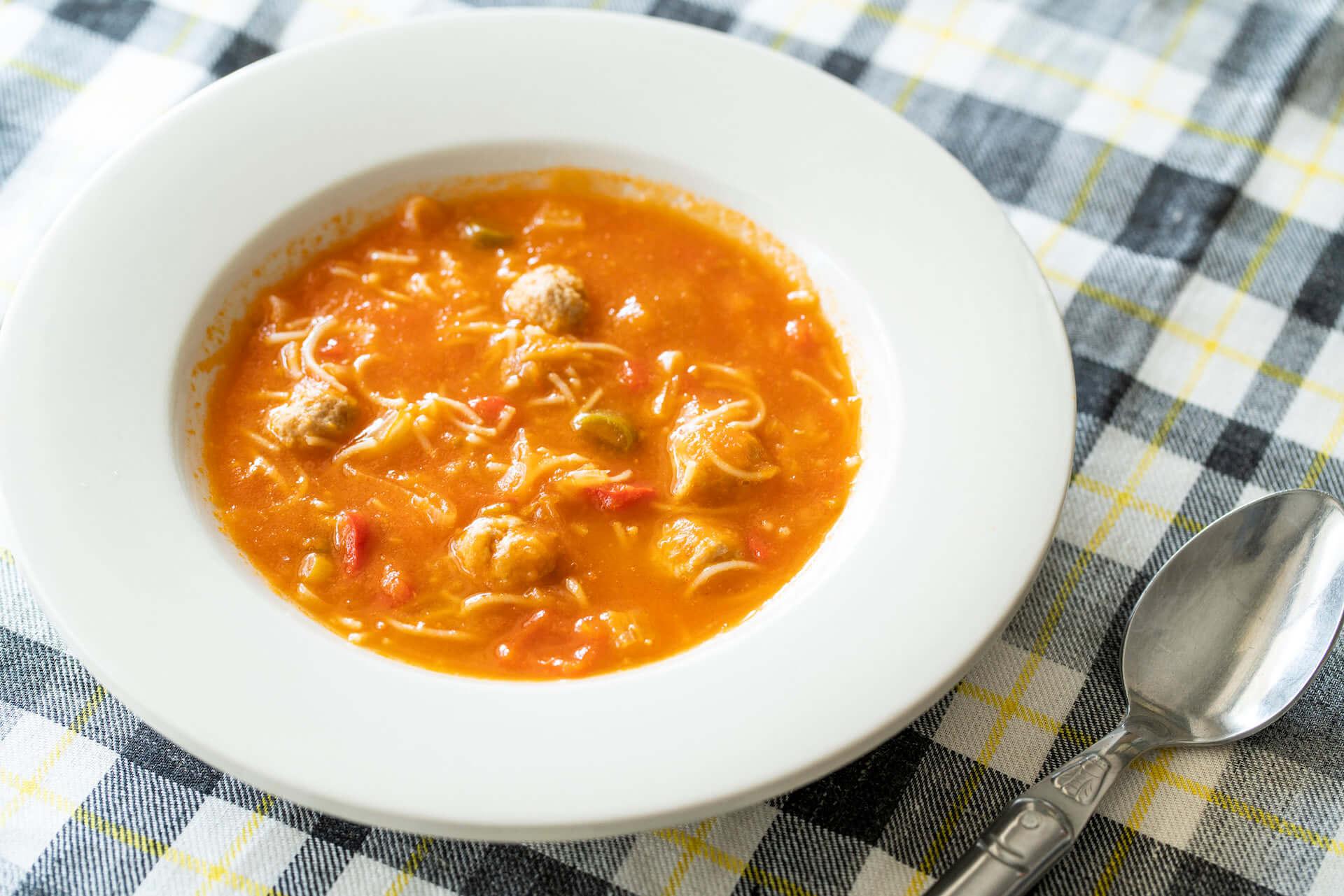 ミートボール入りトマトスープ