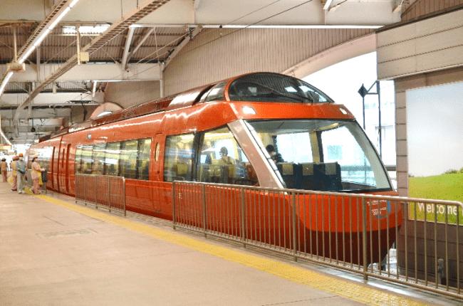 臨時特急ロマンスカー「おかえり登山電車号」に使用するGSE(70000形)