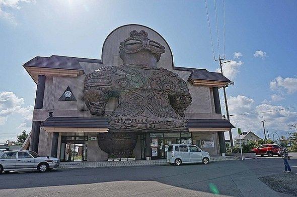木造駅(z tanukiさん撮影、Wikimedia Commonsより)