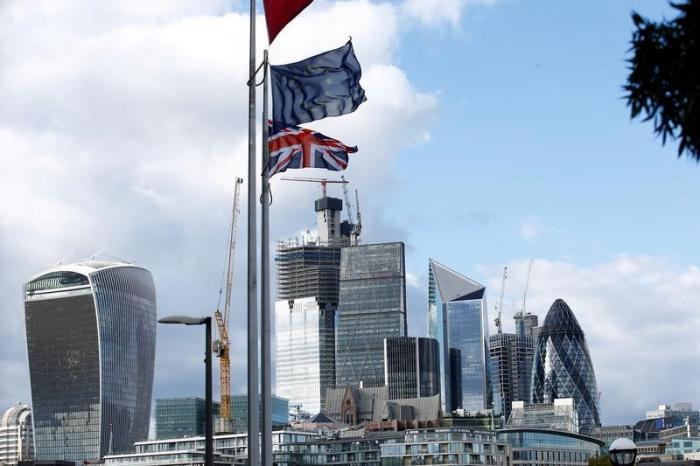 英国がEUに残留する確率、従来の...