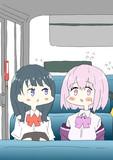 六花ちゃんと話しやすいように隣に座ったものの緊張してうまくしゃべれない新条アカネちゃん